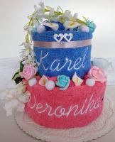 Veratex Textilní dort s vyšitými jmény novomanželů výběr ze 20 barev osušek