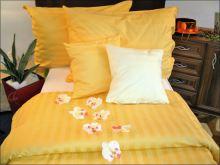 Damaškové povlečení  2x70x90, 240x200 (proužek sytě žlutý)